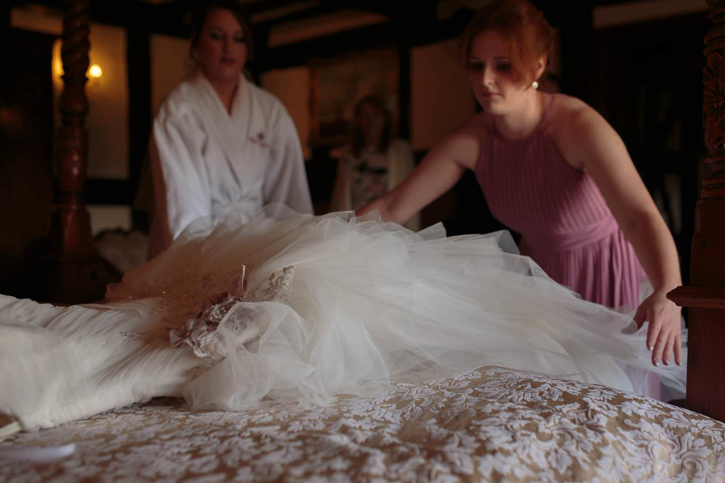 shropshire wedding photography at the Albright Hussey with Shropshire Wedding photographer pbartworks