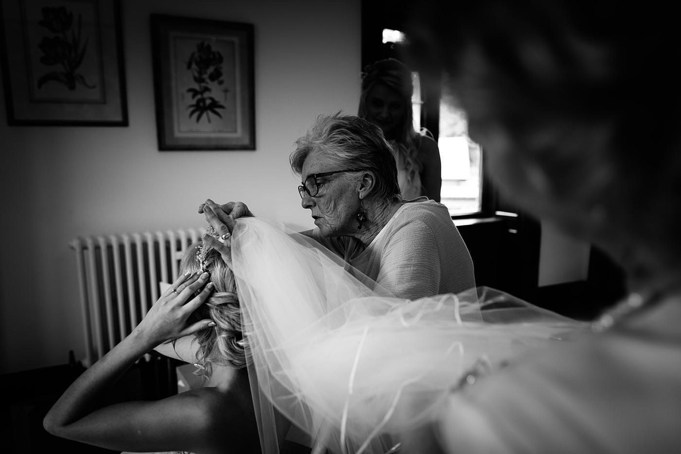wedding photographer in shropshire 2558 1