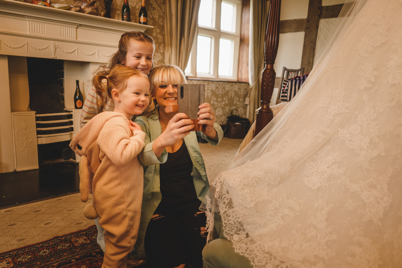 selfie time at soulton hall wedding in shropshire